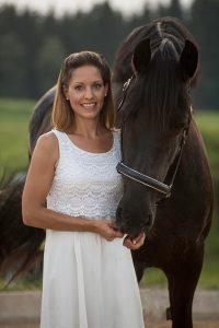 Nina Hainz | Coaching Training Consulting | Pferdeberatung